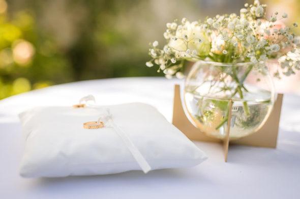Présentoir à bague mariage
